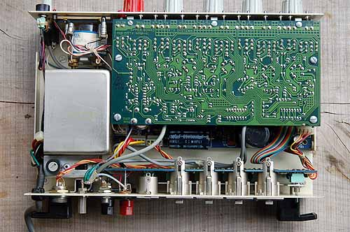 Inside the HPM-41. The large rectangle on the left is the RF shield covering the AC mains transformer.